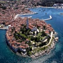 pula-istria-roman-amphitheater-aerial-view-pula-croatia-746-
